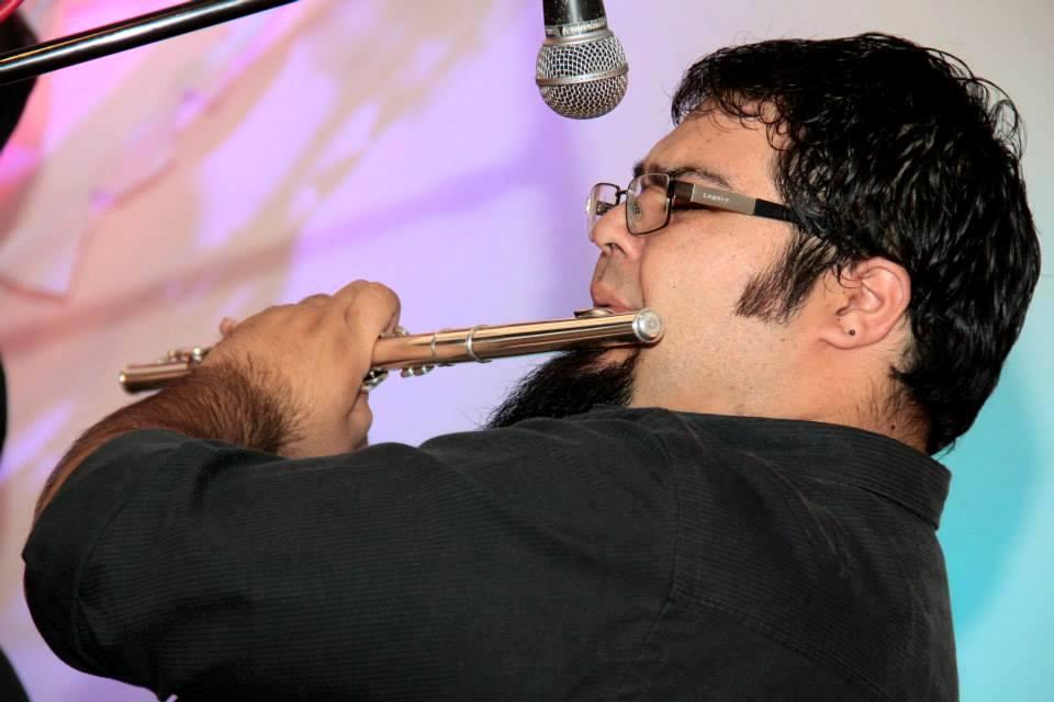 Silvano Fuentes expuso su calidad como intérprete de flauta traversa.
