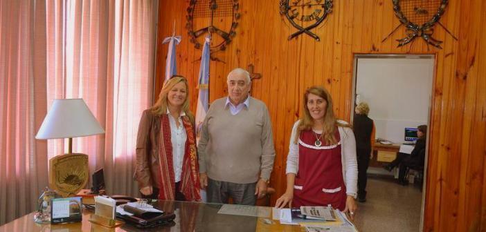Subsecretaria de Cultura con Intendente y Referente de Cultura de Alta Italia