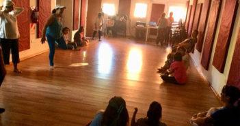 Encuentro de Danzas con Poesías