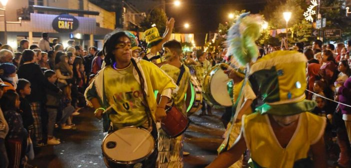 Carnaval, ritual de ritmo y color