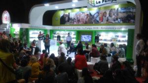 Presentaciones stand de La Pampa FIL