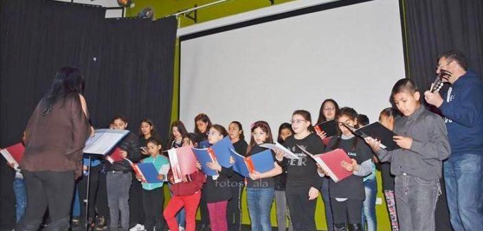 Coro del Colegio Elida Salas.