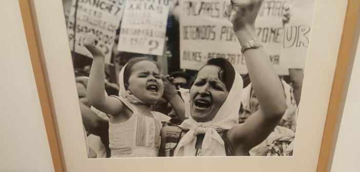 Madre e hija, de Adriana Lestido.