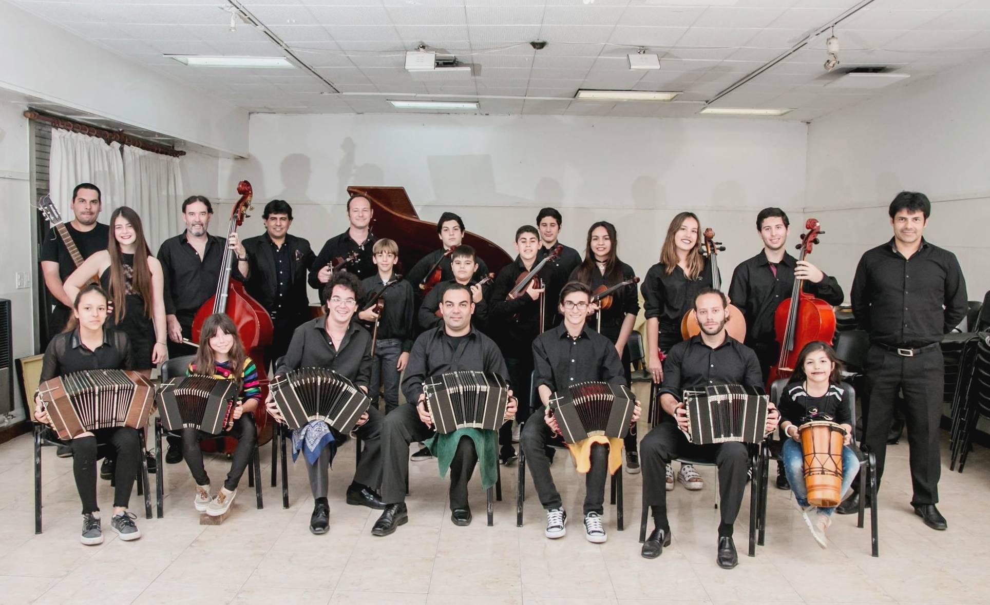 La Orquesta Típica Maracó.