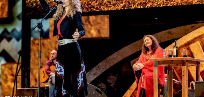 Lucrecia Rodrigo y Angela Irena compartieron escenario en Cosquín.