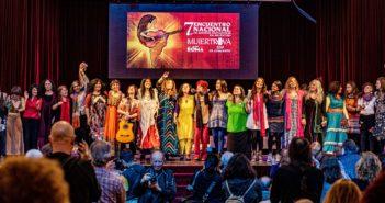 Mujeres creadoras compartiendo la canción social